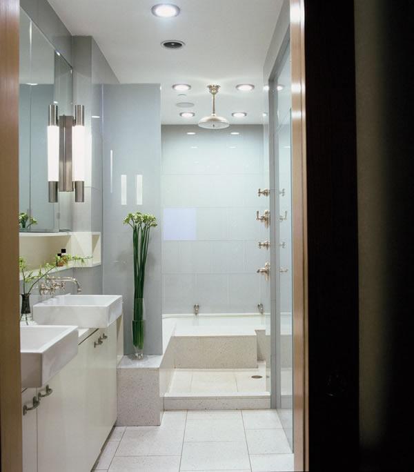 Tiny Bathroom Design Photo