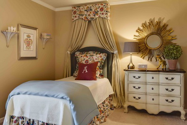 Traditional Girls Bedroom