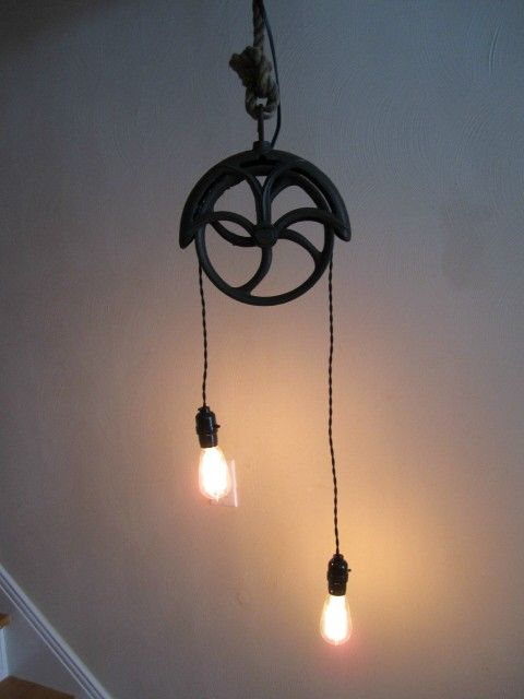 Rustic Pulley Lamp,