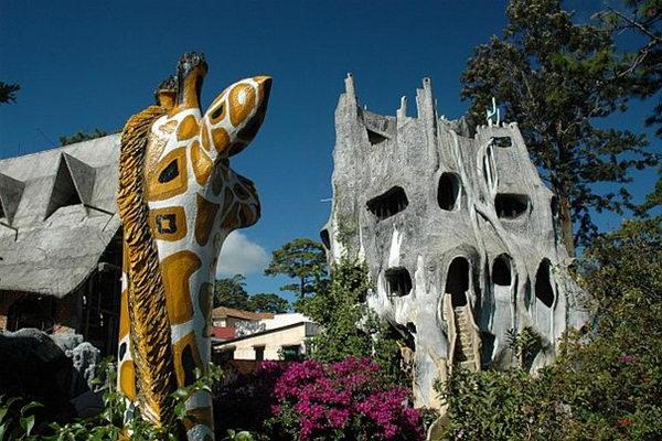 Crazy House (Dalat, Vietnam).