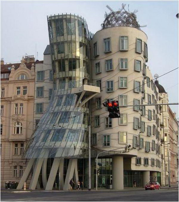 Dancing Building (Prague, Czech Republic).