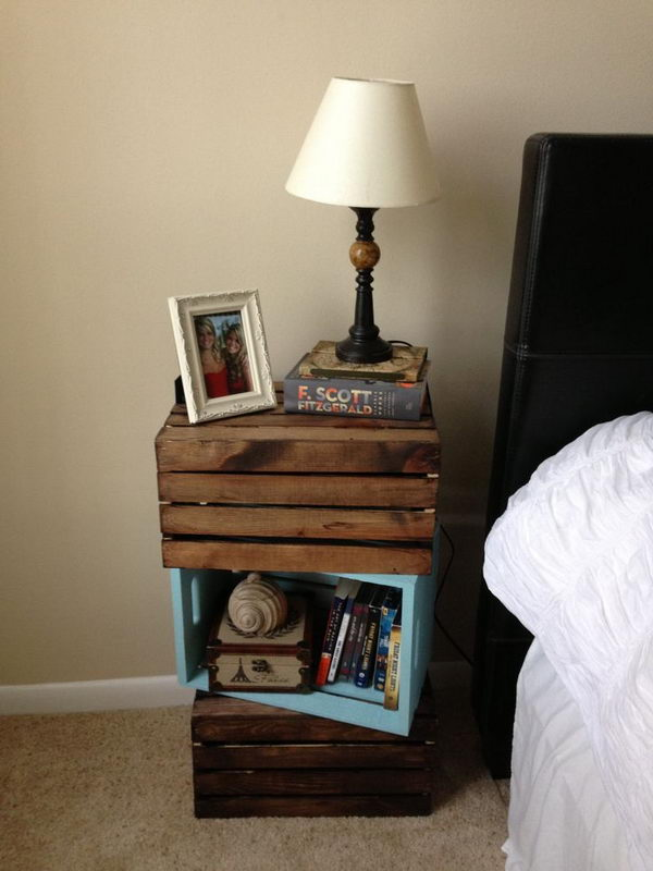 30 creative nightstand ideas for home decoration for Diy crate nightstand