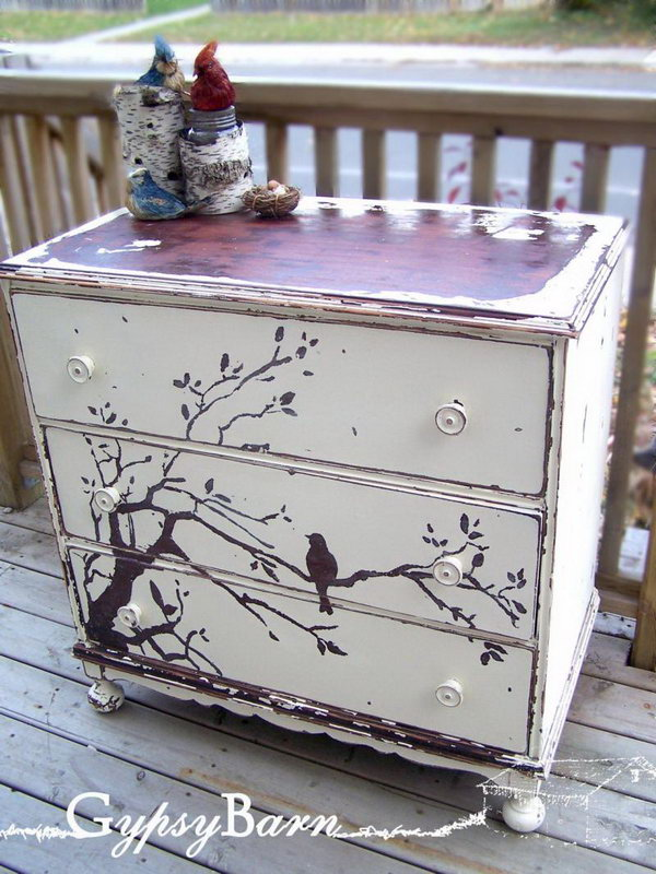 Creative diy painted furniture ideas for Ideas for painting a dresser
