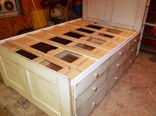 Queen Platform Bed With Storage. So many drawers on each side of the ...