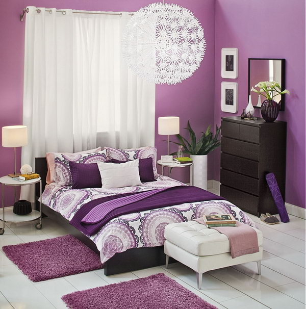 The bedroom with the colors of white and purple will leave us the feeling of dreaminess. When we go into this kind of bedroom, it seems we have entered a kingdom. Most teen girls will love this bedroom very much.