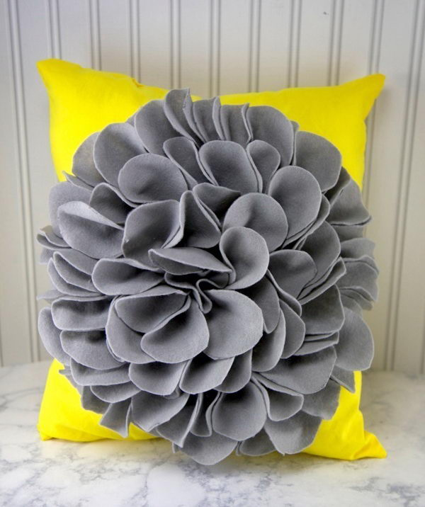 What a cute DIY flower pillow! Nothing says spring like flowers! It's super cute but at the same time really cheap to make one.