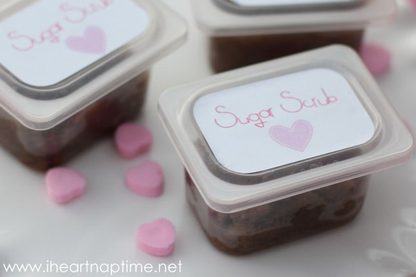Brown Sugar Scrub. Place your sugar scrub in baby food container or mason jars. Spray paint onto lids and tie some ribbons for beautiful decor. It's fantastic to hand out these adorable things as gifts.