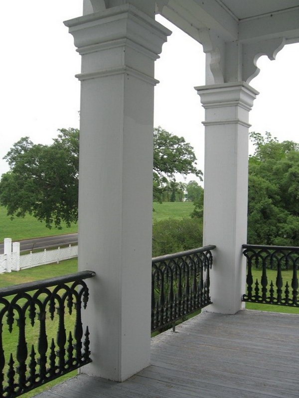 Gorgeous white deck railing. This is perfect for a white castle and add to fashionable romantic look to the architecture.