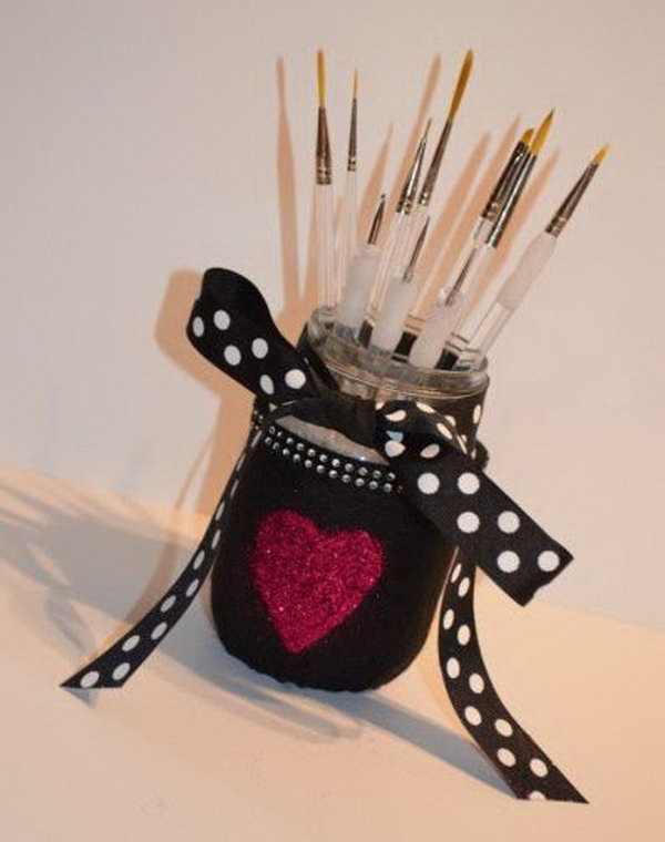 DIY brush hold from the mason jar. This is another idea for your reference to DIY a cute and amazing brush holder from the empty mason jars.