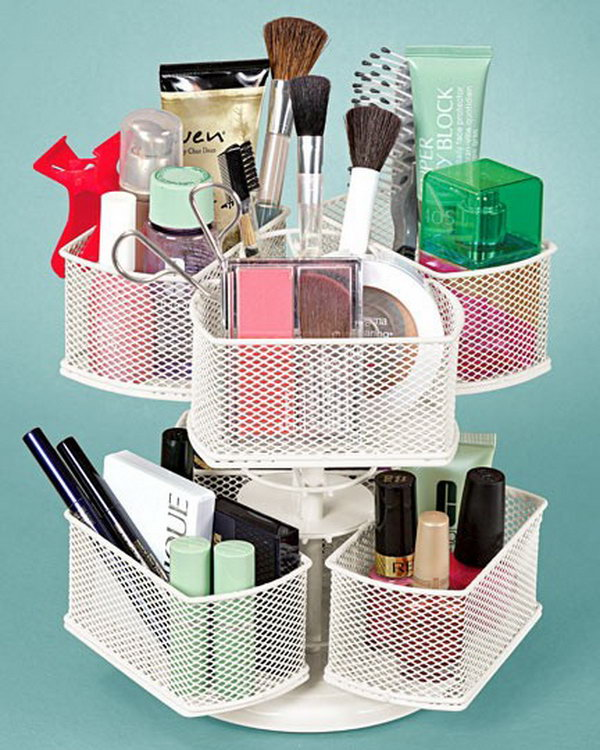 DIY makeup organizer from the Lazy Suan.