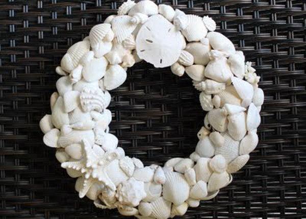 Summer Shell Wreath.