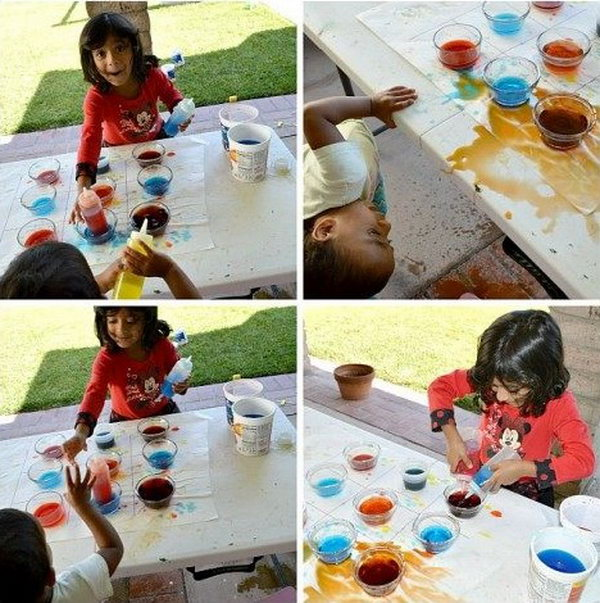 Color Mixing Game. This easy play idea is very interesting for children and taech them a scientific twist on color mixing. What you need for this game are 9 clear cups, 3 squeeze bottles, 3 empty containers and water in primary colors. Then the little ones can play many, many rounds.