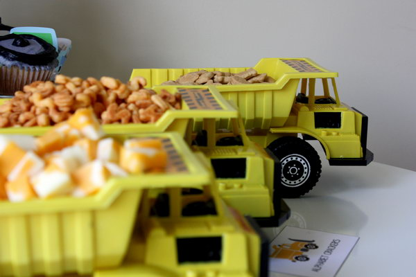 More Plastic Dump Trucks