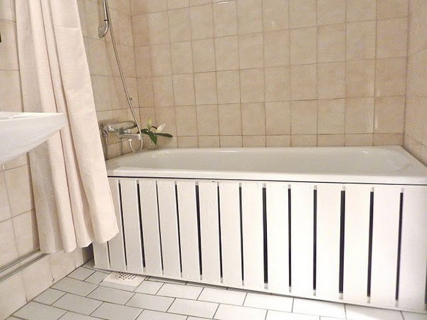 The Glorious Bathtub Front Panel.