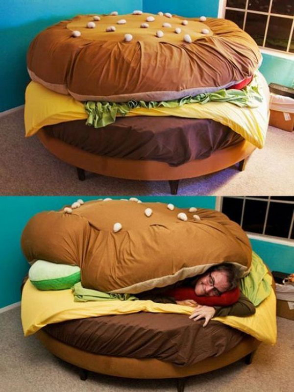 Cheeseburger Pillow Bed .