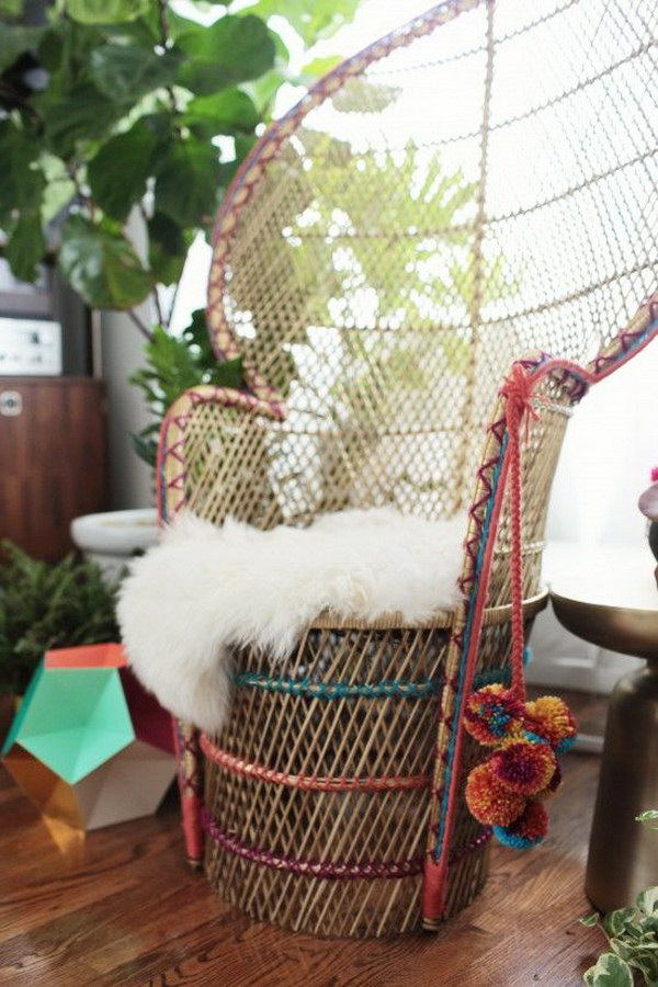 DIY Peacock Chair. Get the tutorial