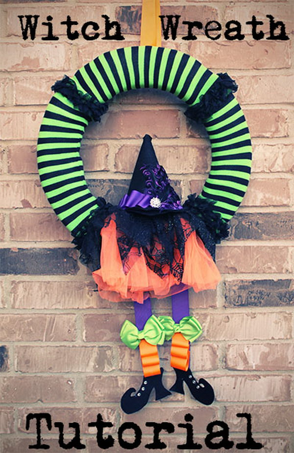 DIY No Sew Halloween Witch Wreath.