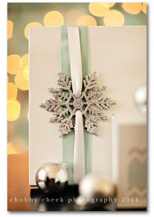 DIY Glitter Snowflake Gift Wrapping.