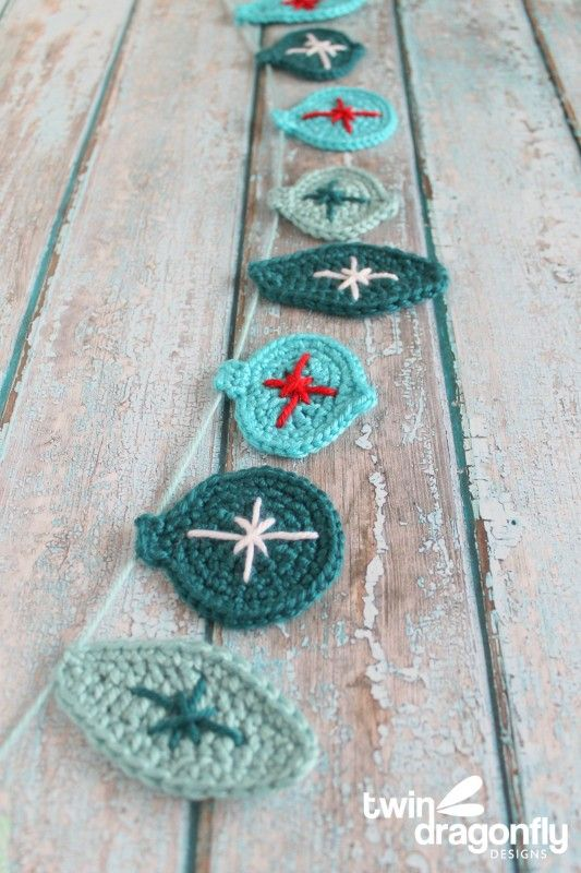 Crochet Christmas Ornament Garland.