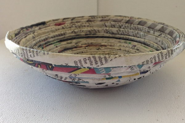 Recycled Newspaper Bowl.  Get the tutorial