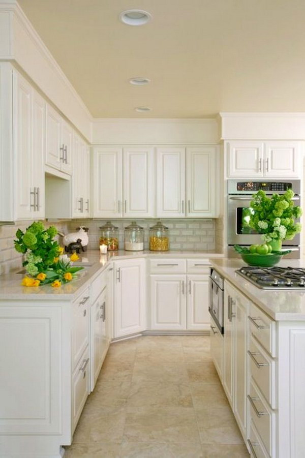 Amazing Kitchen with White Kitchen Cabinets, Granite Countertops