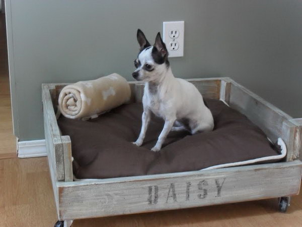 DIY Pallet Dog Bed.