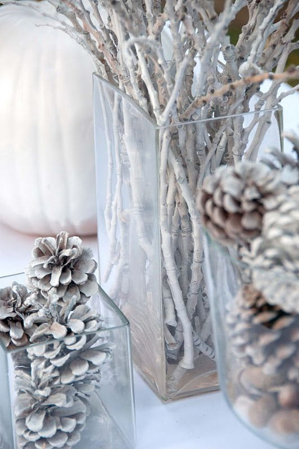 30 beautiful pinecone decorating ideas tutorials for holiday for What kind of paint to use on kitchen cabinets for vase candle holder centerpiece
