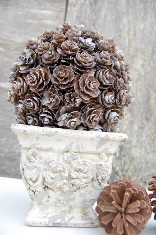 DIY Pinecone Topiary