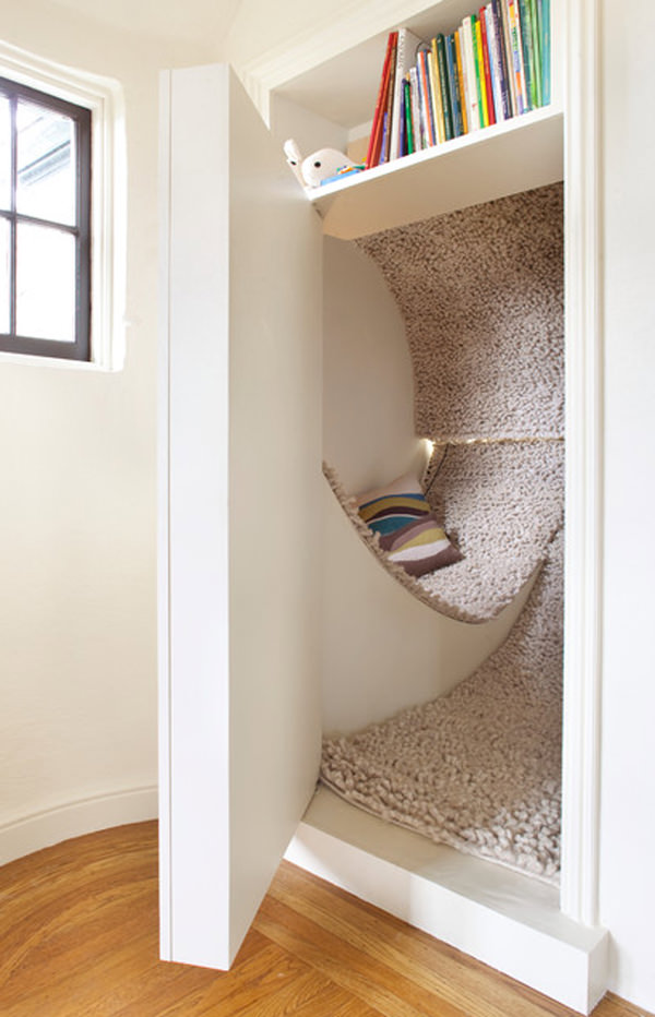 Hidden Reading Nook Covered with A Cozy Carpet