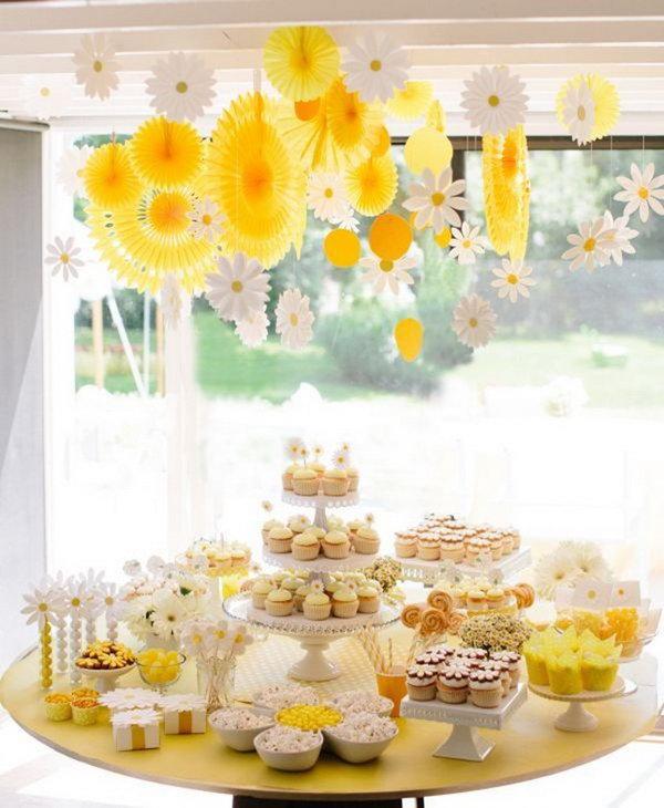 Daisy-Inspired Dessert Display.