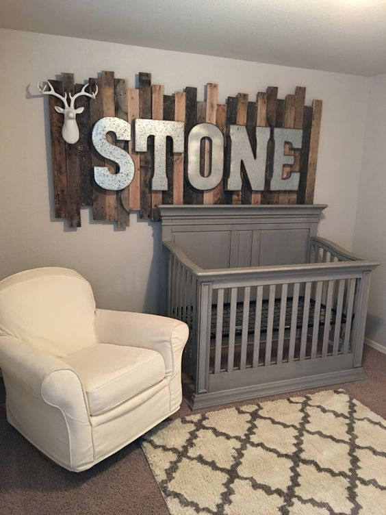 rustic wood pallet sign with galvanized metal letters - Wood Sign Design Ideas
