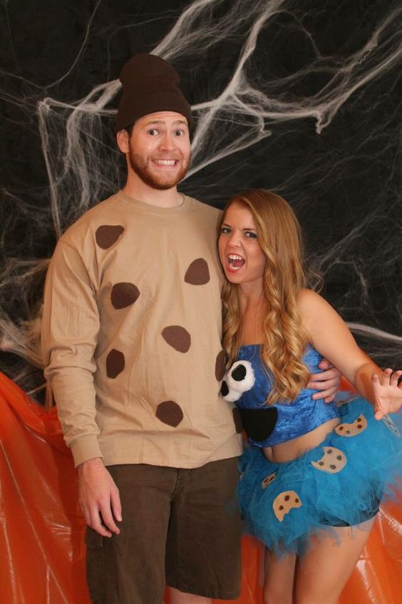Cookie Monster Couple Costume.