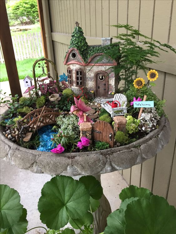 Bird Bath Fairy Garden.